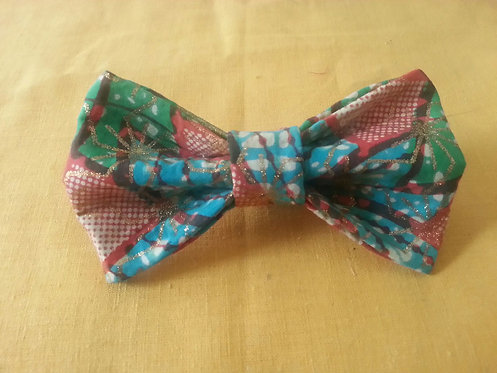 Flying High Bow Tie in Multicolor