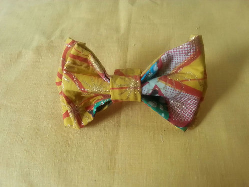 Touch of Fun Bow Tie in Multicolor