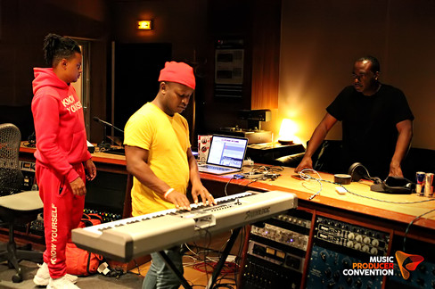 Neenyo, Neff-U & Sound Oracle in the stu