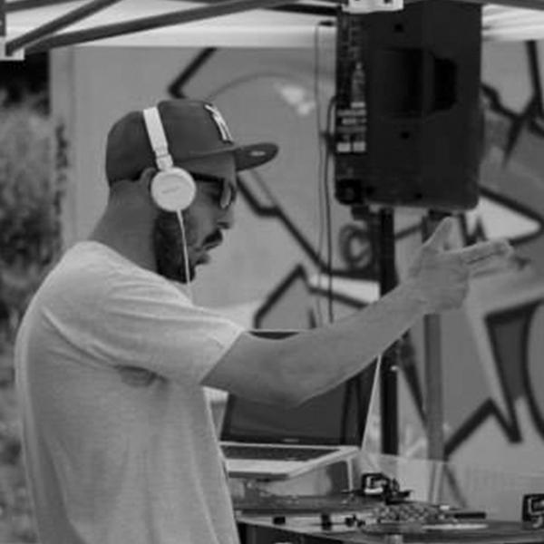 DJ MAC TEAL