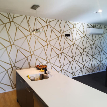 Wallpapering by Andrew Gill geometric.jp
