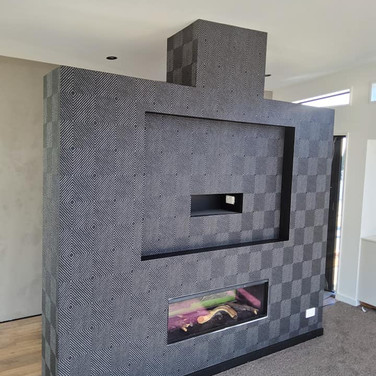 Wallpapering by Andrew Gill fireplace.jp