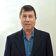 Dr-Manuel.jpg