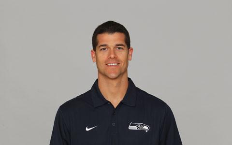 Coach David Canales