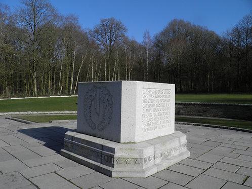 Soldats canadiens sur les champs de Flandres depuis Ostende