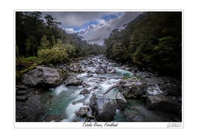 Tutoko River Fiordland.jpg