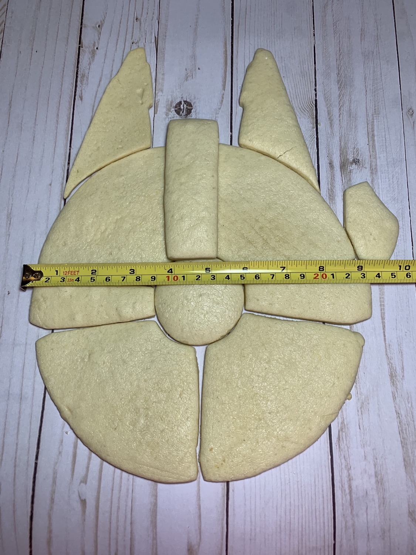 Thumbnail: Millennium Falcon Cookie Cutter Set