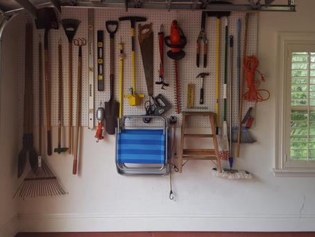 Case of Garage Envy Prompts Hang ups