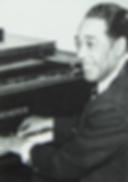 Дюк Эллингтон за роялем Бехштейн (фото)