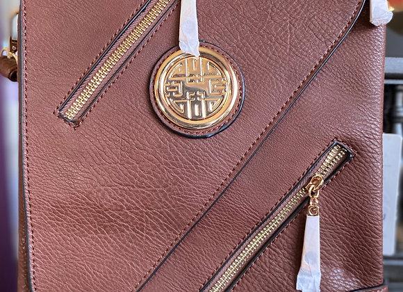 Crossbody Medalion Zipper