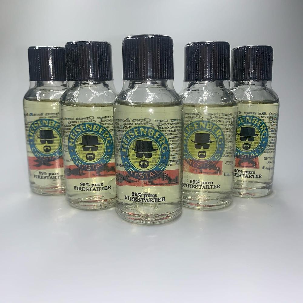 Каждый покупатель подбирает для себя нужный продукт, например, Попперс Haisenberg Crystals 30 ml обладает длительным воздействием, а «Попперс Б» имеет кратковременный эффект.