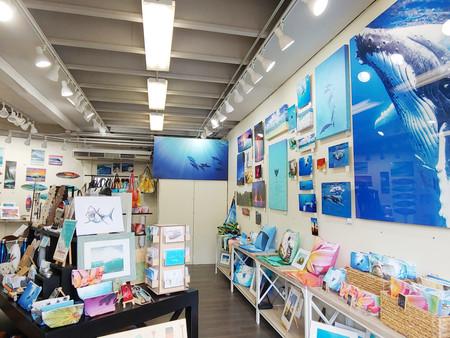 Waimea Blue Art Gallery & Ocean Boutique in North Shore