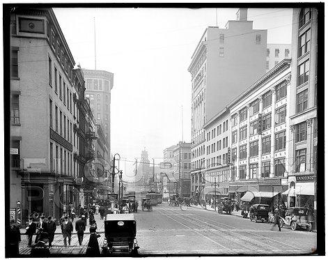 Main Street (looking West), Rochester, N.Y