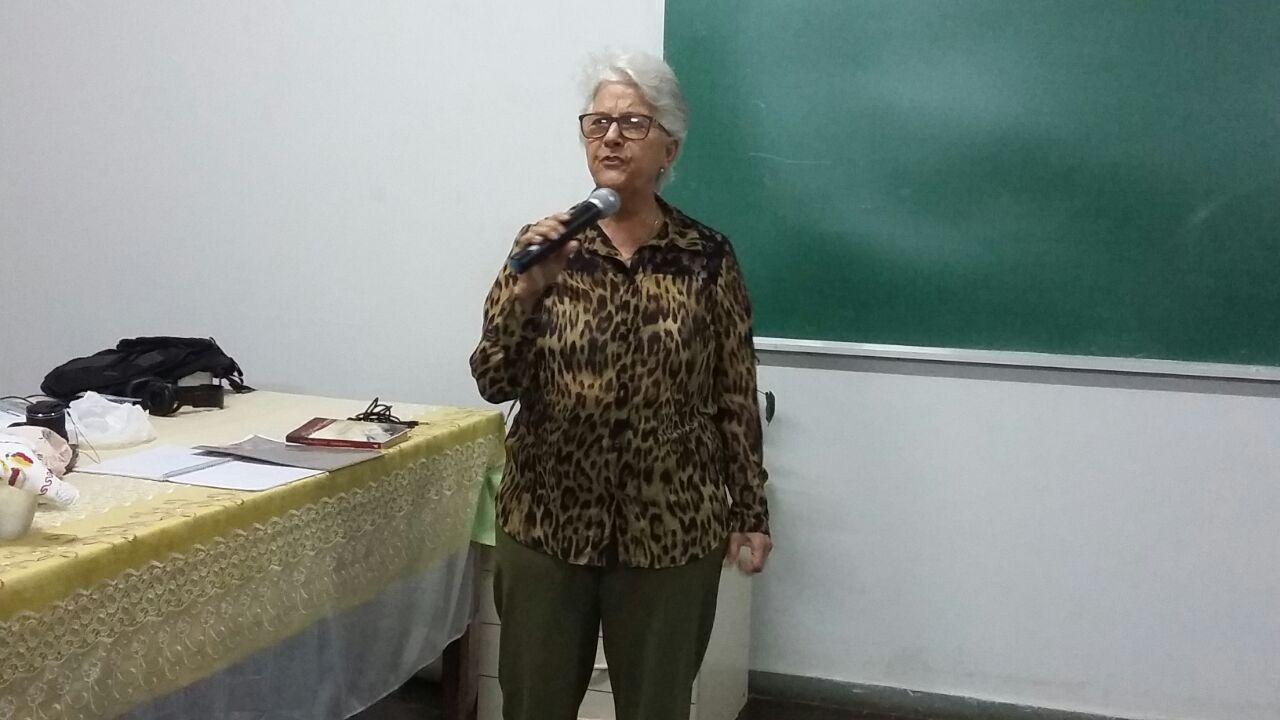 Poema com Elaine Alves