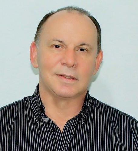 Dr. Adalberto Oliveira