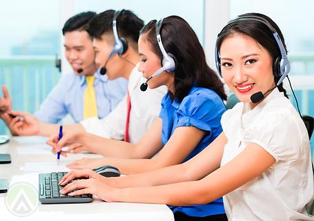 asian-customer-service-team.png