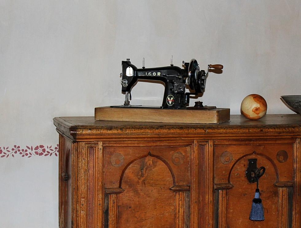 Alte Nähmaschine Hof Neuhaus