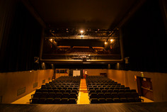 els carlins - lloguer teatre - pati de butaques