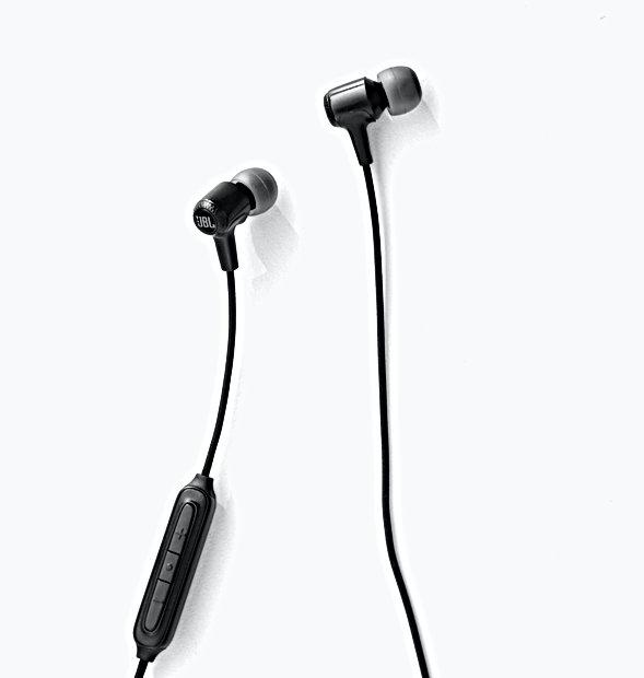 Headphone%2520JBL%2520minimal_edited_edi