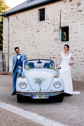 mariés et voiture.jpg