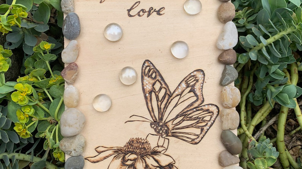 Live edge woodburning with river stones
