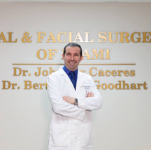 DR. CACERES
