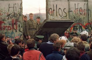 Vivere in fraternità  e nella verità: a 30 anni dalla caduta del Muro