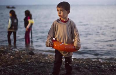Migrazioni, l'estratto della lettera di una mamma siriana al suo bimbo morto in mare