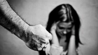 """Violenza sulle donne, nuovi diaconi, famiglia/e, omicidio Cucchi...: ecco """"la Voce"""" del 29 novembre"""