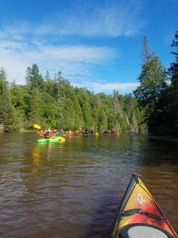 group tour kayak