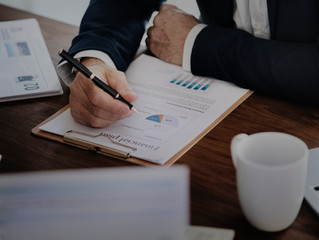 10 [Actually Helpful] Business Accounting Tips for Freelancers and Microconsultants