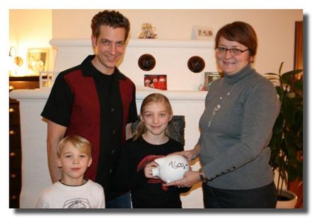 1.600,00 € für die Kinderkrebshilfe  Am 21.01.2012 feierte Dr. Sebastian Holzinger seinen 40 Geburtstag im Wirtshaus an der Wiesmühle in Glonn.