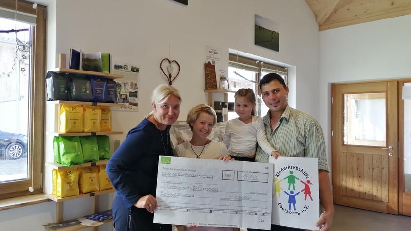 Steindlhof spendet 1.560 € an die Kinderkrebshilfe Ebersberg e.V.