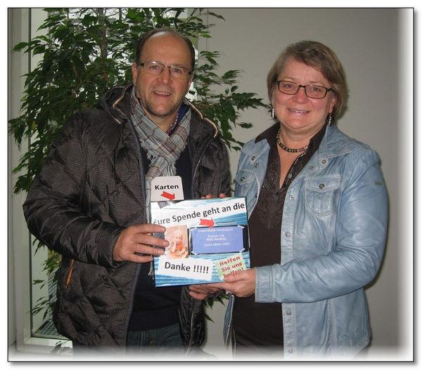 Mit 40 Gästen feierte Alois Böhm seinen 60. Geburtstag. Dabei kamen weit über 1.300,00 € in einem selbstgebastelten Spendentopf für die Kinderkrebshilfe Ebersberg e.V. zusammen.