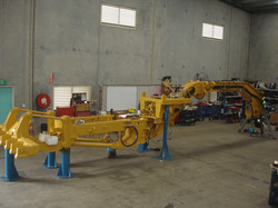 16H Grader Chassis
