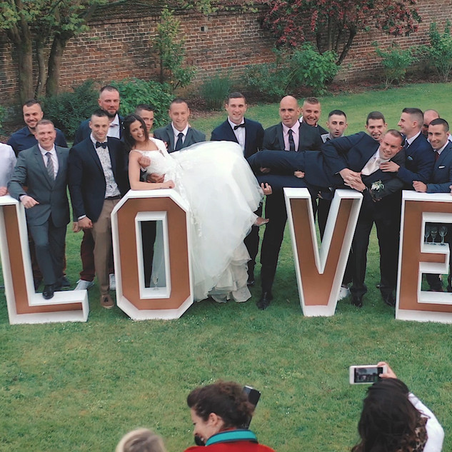 mariage lettres LOVE