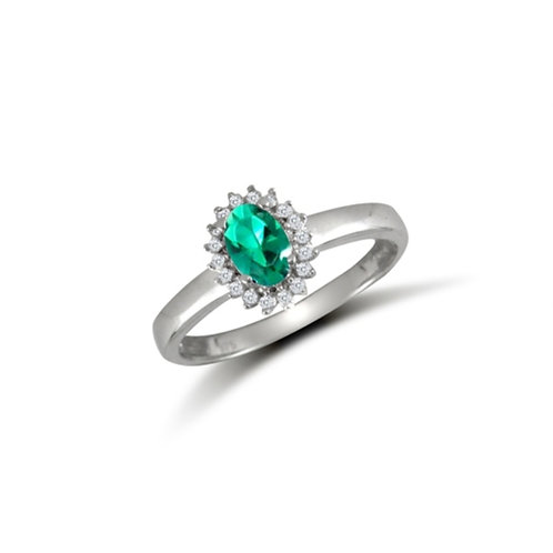 9ct White Gold Oval Green Cluster Ring