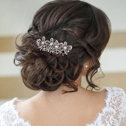 Bridal / Bridesmaids Hair Comb Exquisitely Pearl'