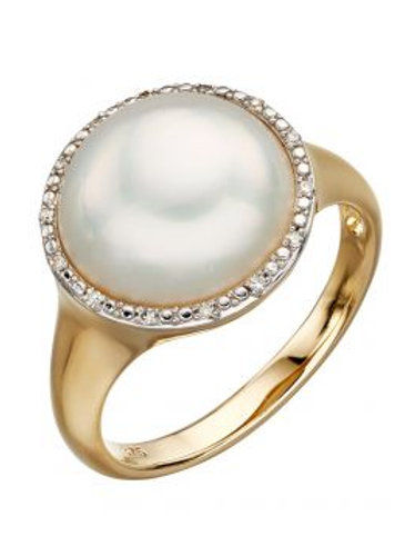 9ct Yellow Gold Large Pearl & Diamond Ring