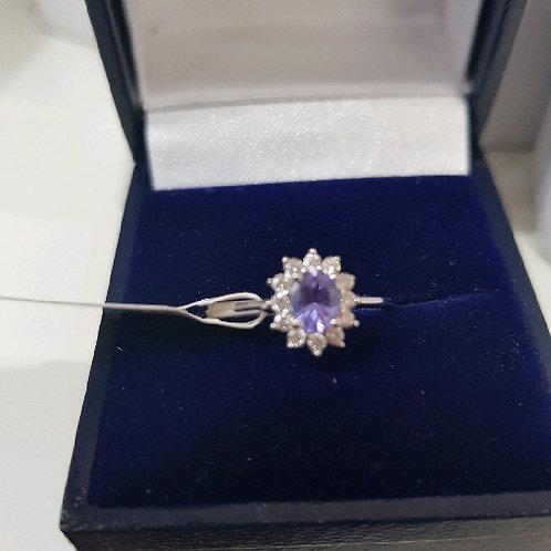 18ct White Gold Diamond & Tanzanite Cluster Ring