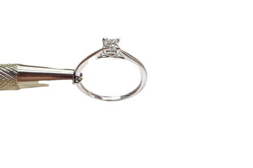 18ct White Gold Princess Diamond Solitaire Ring (M 1/2)