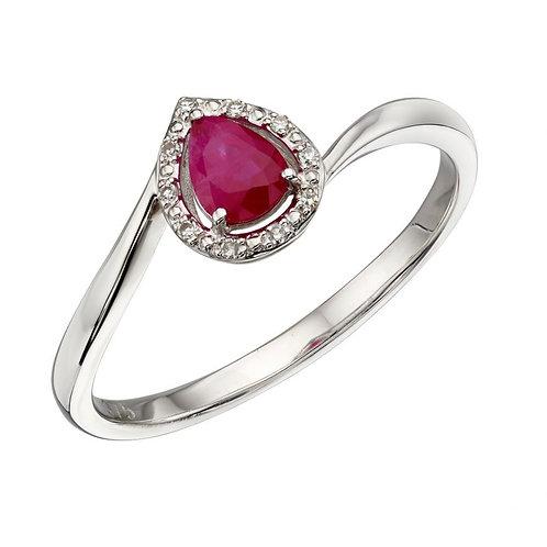 9ct white gold Ruby & Diamonds ring