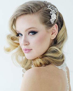 vera pearl hair comb.jpg