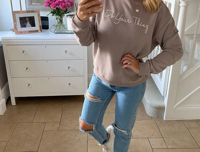 My Nelly Do Your Thing Sweatshirt in  Mink