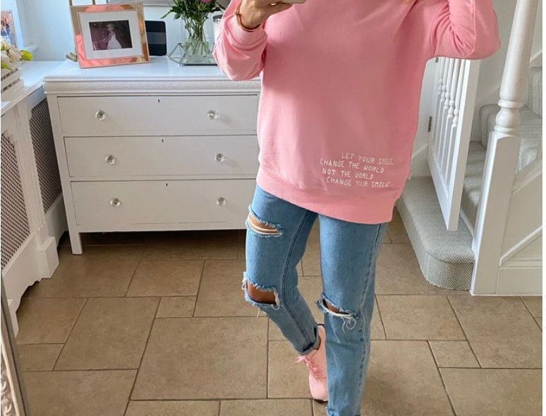 My Nelly Smile Sweatshirt in Pink