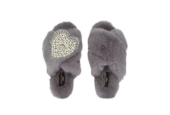 Laines LondonFluffy Luxe Slippers with Diamante Heart Brooch in Grey