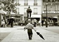 photo de Paris en noir et blanc, hommage au photographe Robert Doisneau et Willy Ronis