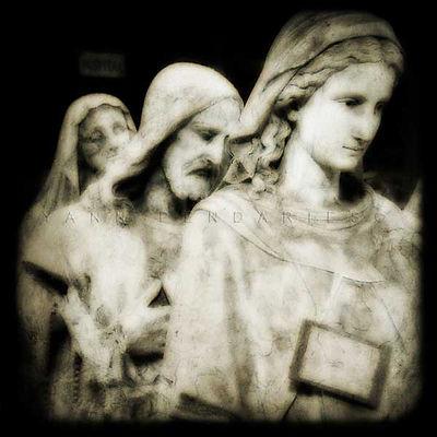 série photographie artistique paysages en noir et blanc, Le paradis, sainte Vierge