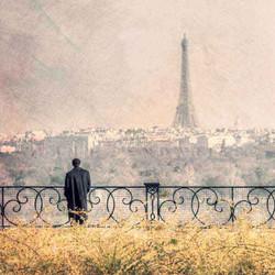 Le vieil homme et la Tour Eiffel