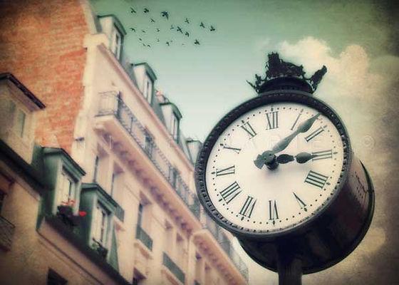 série photographie artistique paysages urbains, Horloge steampunk